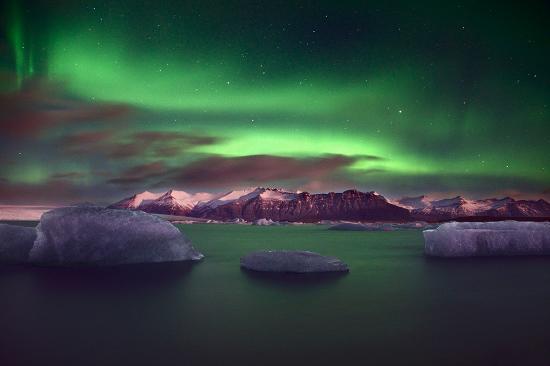 又到了去冰岛看极光逛火山泡蓝湖温泉的时候了