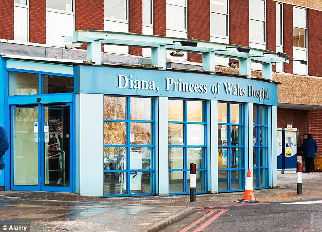 26ECB81300000578-3007753-Part_of_Diana_Princess_of_Wales_Hospital_in_Grimsby_was_forced_t-m-12_1427121245294