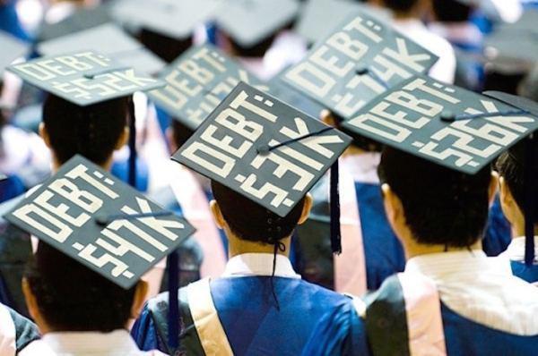 hilariously-creative-graduation-caps-15
