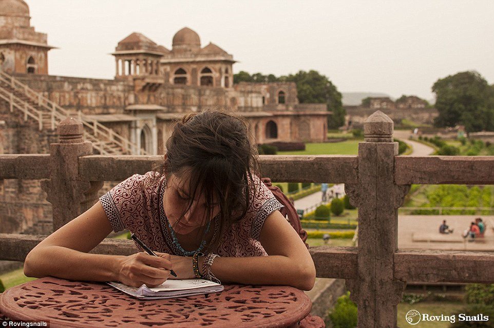 2AB75B1100000578-3169253-Marta_drawing_at_Mandu_archeological_site_in_India_where_the_cou-a-11_1437549176957