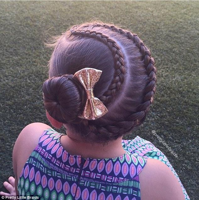有一个会编头发的妈的日常 她真的能在女儿头上玩出朵花 英国那些事儿