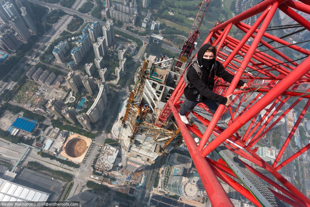 Ping-An-Finance-Centre-Climb