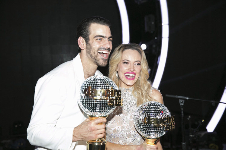 "ABC's ""Dancing With the Stars"": Season 22 - Finale"
