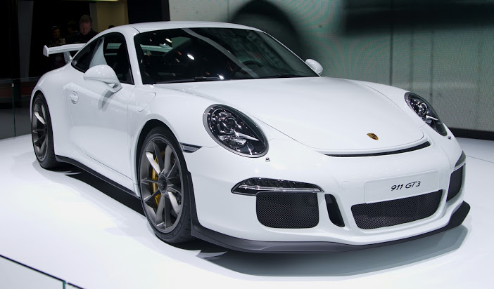 Geneva_MotorShow_2013_-_Porsche_911_GT3