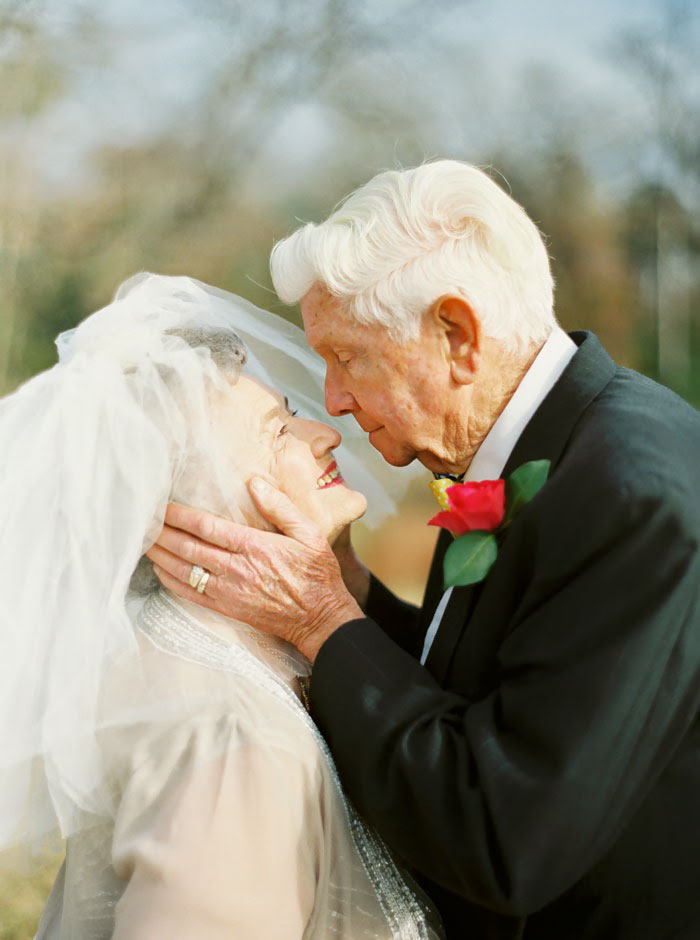 elderly-couple-married-for-63-years-love-photoshoot-shalyn-nelson-wanda-joe-16