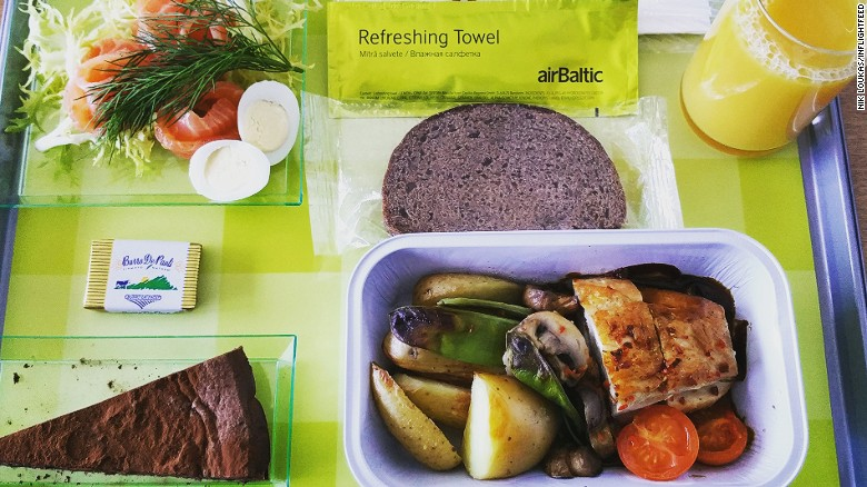 160810165148-inflightfeed-airline-food-alrbaltic-exlarge-169