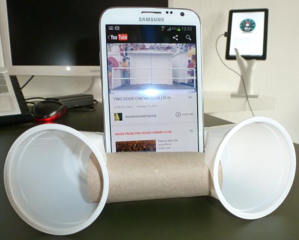 Smartphone-Cup-Speakers