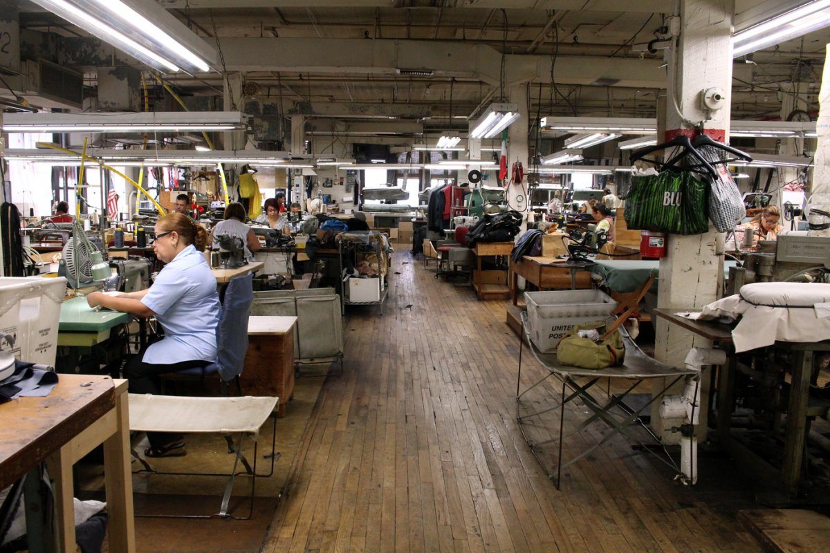 martin-greenfield-clothiers-suit-factory-floor