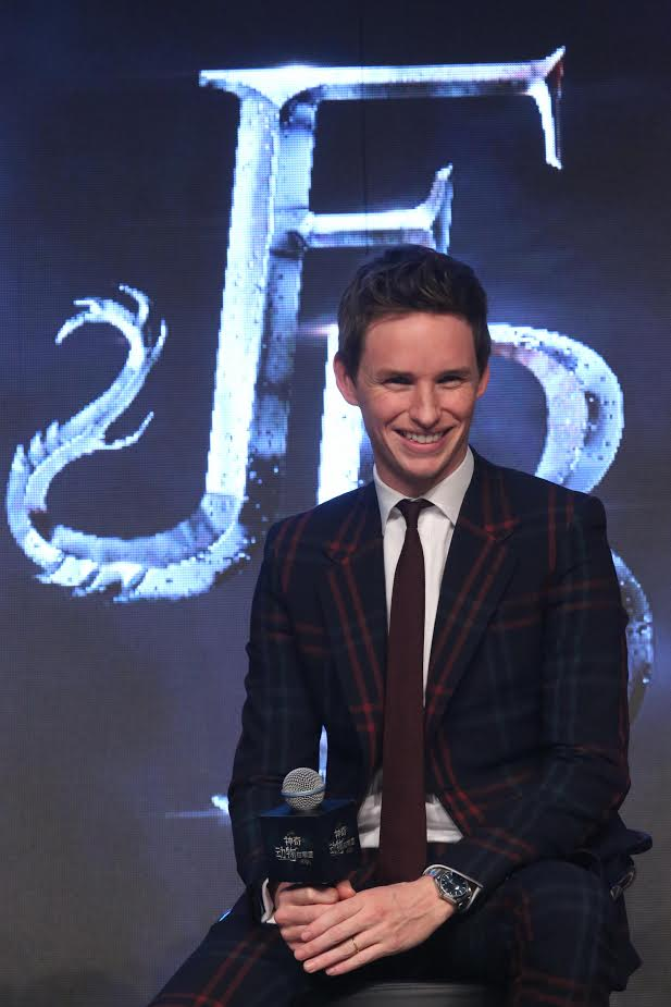 BEIJING, CHINA - NOVEMBER 18: Actor Eddie Redmayne attends 'Fantastic Beasts And Where To Find Them' press conference at Sanlitun on November 18, 2016 in Beijing, China. (Photo by VCG/VCG via Getty Images)