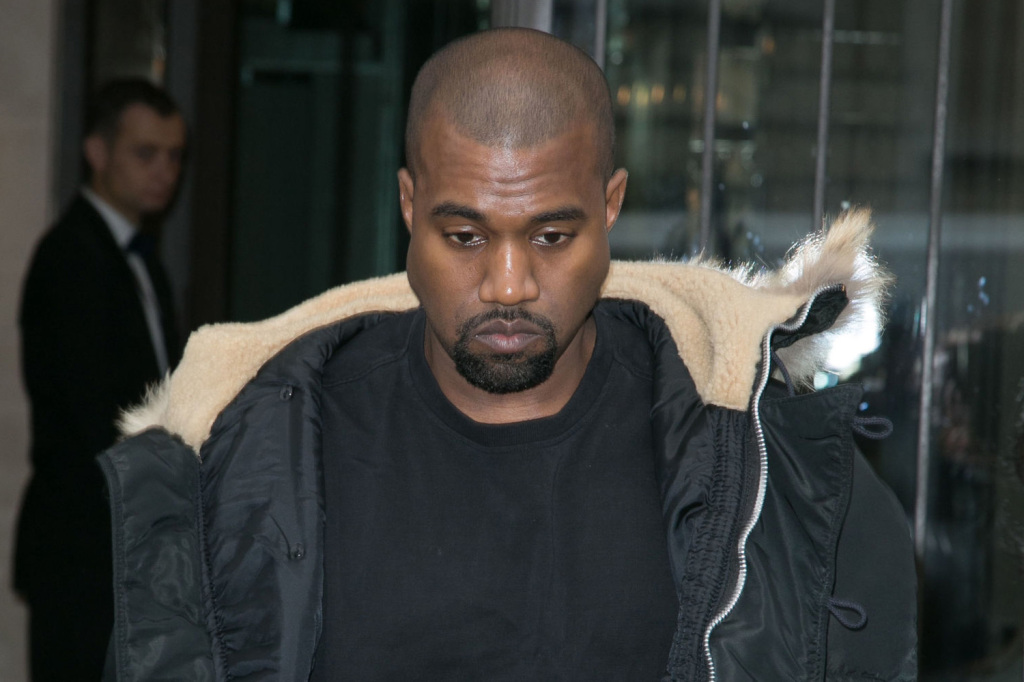 kanye-west-hospitalized-after-canceling-tour-11