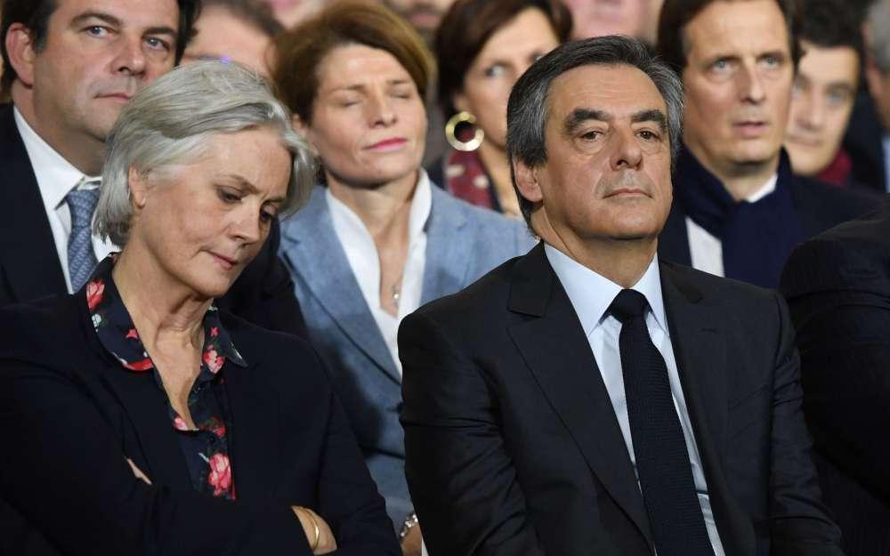 penelope-et-francois-fillon-lors-du-meeting-a-paris-dimanche