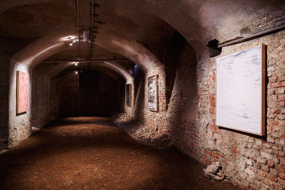 shit-museum-museo-della-merda-massimo-torrigiani-primordial-products-design-exhibition-milan-2016-henrik-blomqvist_dezeen_936_8 (1)