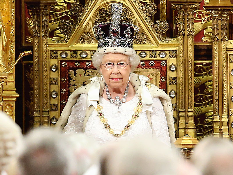 queen-elizabeth-crown-800