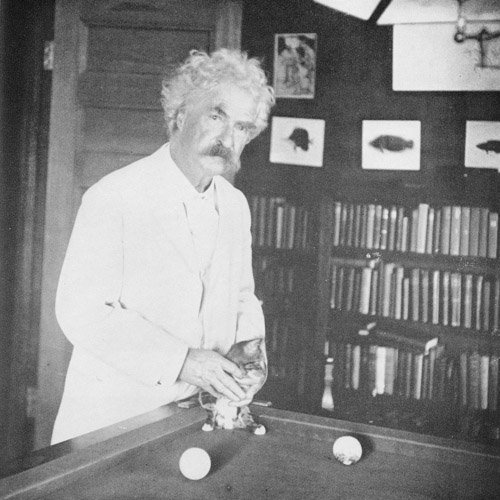 Mark-Twain-with-his-cats-02