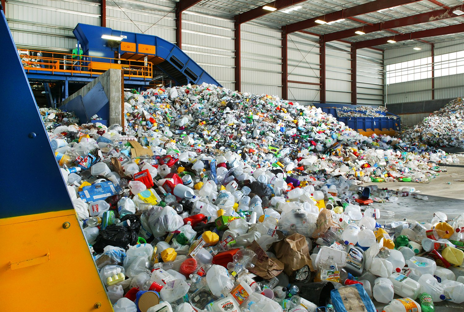 xMachinex-sorting-systems-plastic-recycling.jpg.pagespeed.ic.3rwFNN5E7-