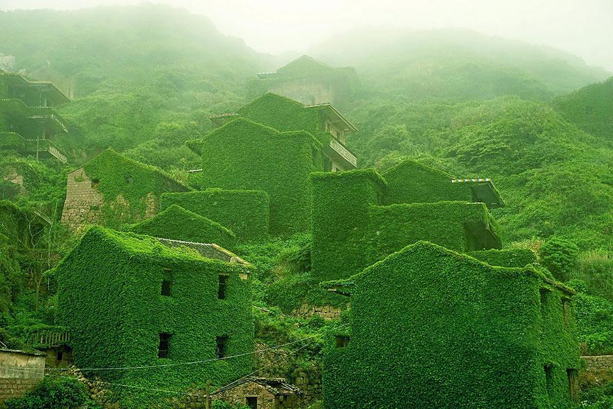 fairy-tale-villages-5-1-57221a5444de0__880