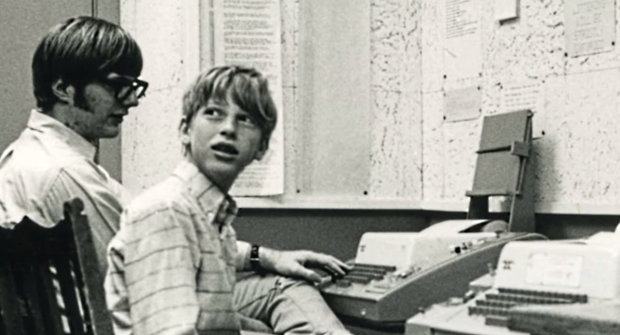 Bill-Gates-and-Paul-Allen-at-Lakeside-School-early-teens