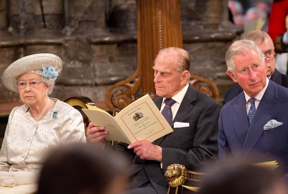 Queen+Elizabeth+II+Prince+Charles+Arrivals+i0O8QG3RUbcl