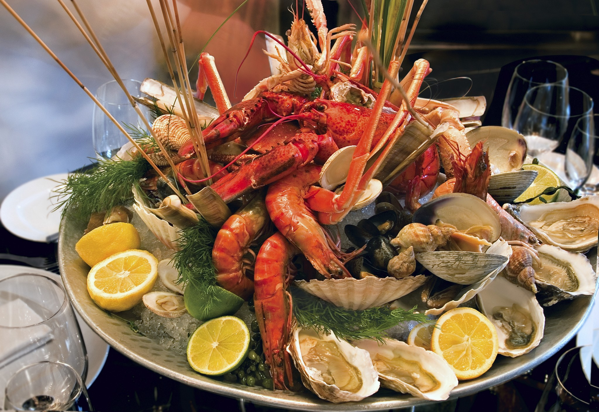 istock_000004750933large-seafood-platter-2048x1411