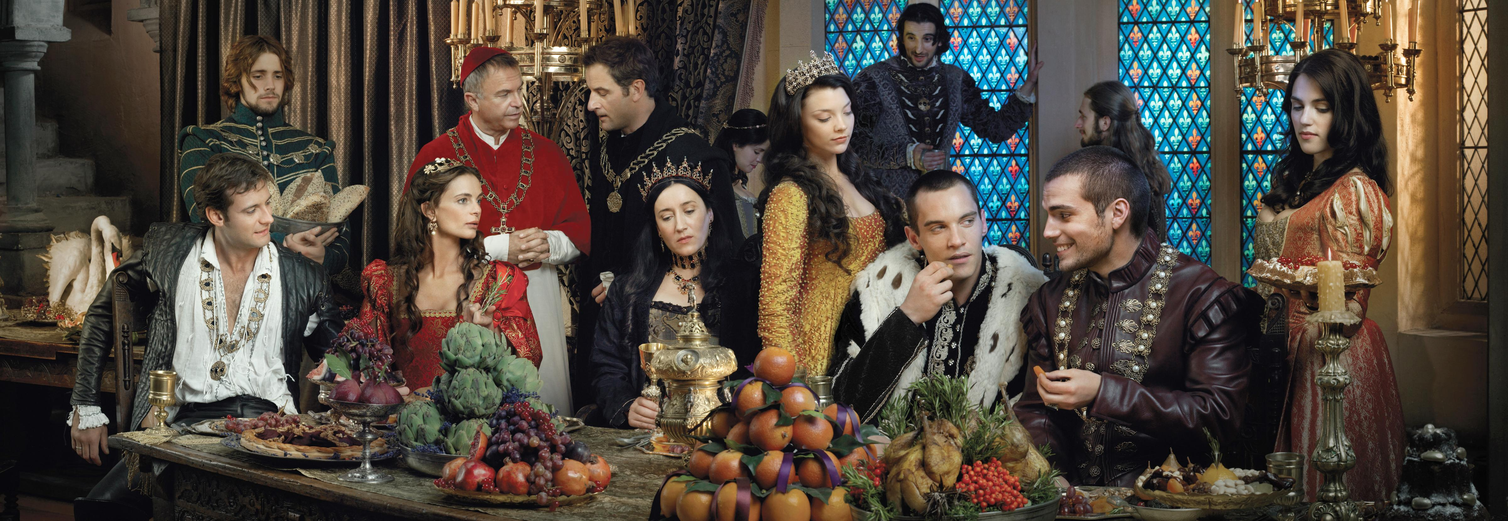 Sitting (left-right): Henry Cavill as Charles Brandon, Gabrielle Anwar as Princess Margaret, Queen Katherine as Maria Doyle Kennedy, Jonathan Rhys Meyers as Henry VIII, and Callum Blue as Knivert. Standing (left-right): Sam Neill as Cardinal Wolsey, Jeremy Northam as Sir Thomas Moore and Natalie Dormer as Anne Boleyn - Photo: Francois Rousseau/Showtime - Photo ID: tudors-gal-bofintrigues_comp1