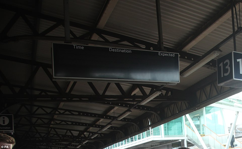 17109470-7342803-A_notice_board_at_Clapham_Junction_in_London_ceased_to_function_-a-90_1565394519846