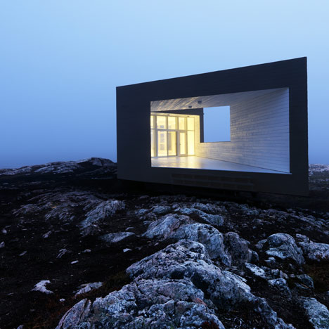 dezeen_Fogo-Islands-by-Saunders-Architecture-17-TOP