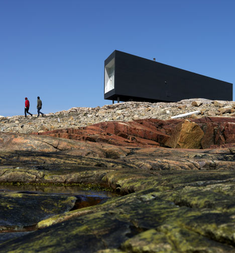 dezeen_Fogo-Islands-by-Saunders-Architecture-26