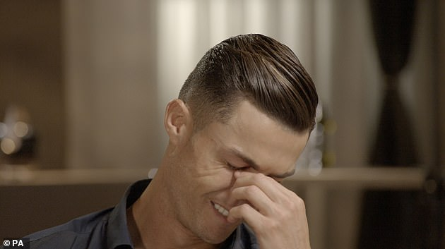 18513042-7474985-Cristiano_Ronaldo_broke_down_in_tears_during_an_interview_with_P-a-2_1568763620653