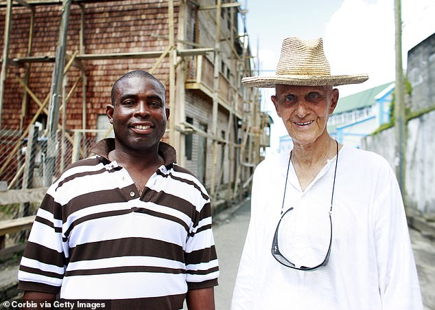 19082084-7518267-Lord_Glenconner_left_his_entire_estate_including_Mustique_to_his-a-2_1569787925253
