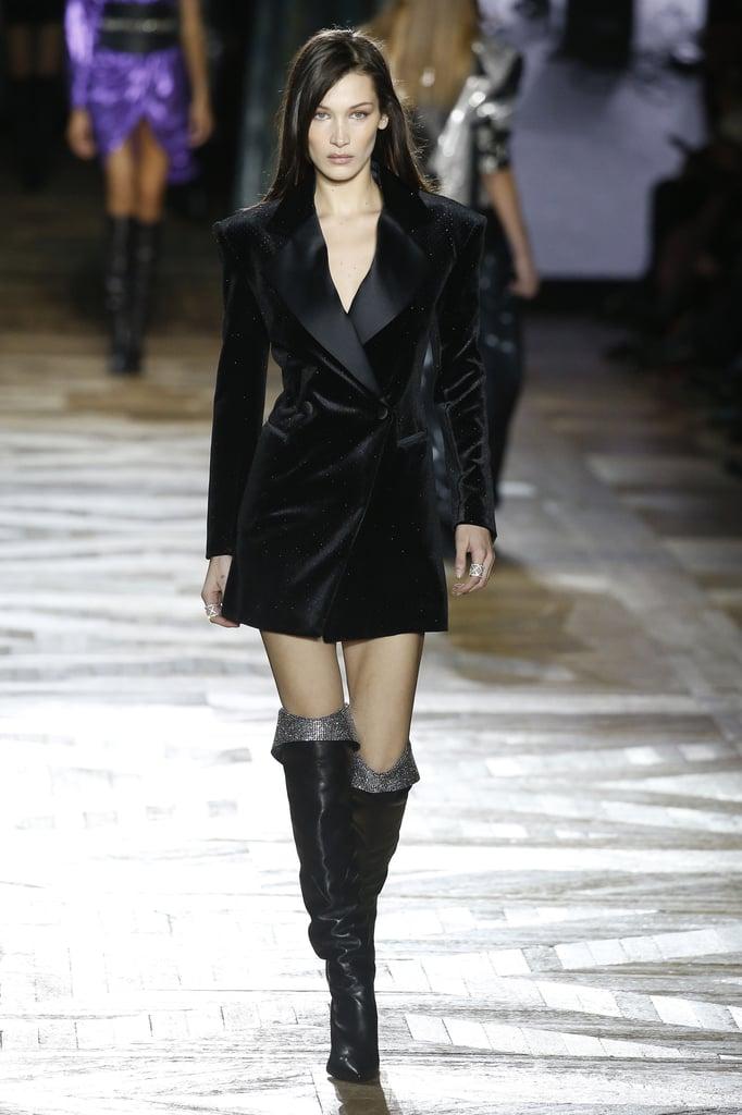 Bella-Hadid-Walking-Redemption-Show-Paris-Fashion-Week-AutumnWinter-20192020