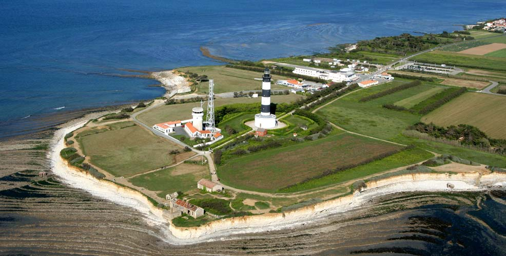 phare-chassiron-incontournables-oleron-marennes