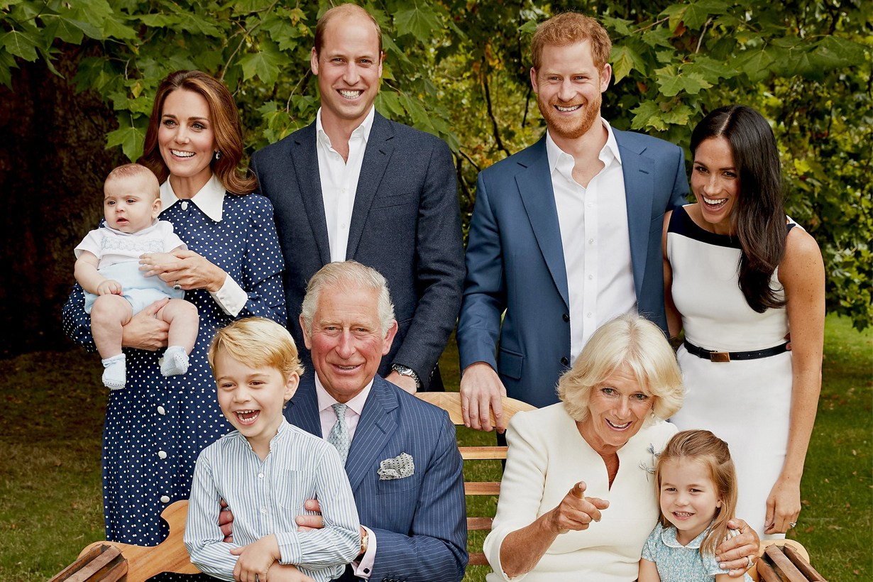 0 british-royal-released-more-photos-prince-charles-prince-louis00