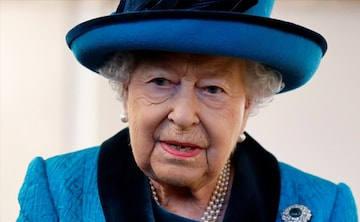j4126ks8_british-queen_625x300_01_December_19
