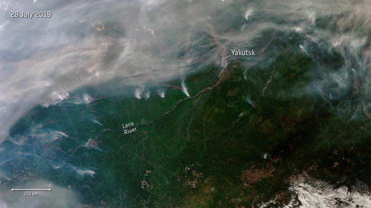 Siberian_wildfires_pillars-747x420